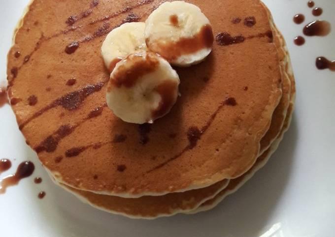 Des pancakes banane raisin sec