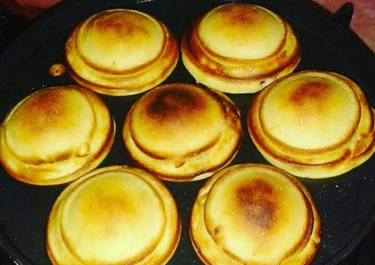 Recipe: Perfect Chocolate stuffed pancakes