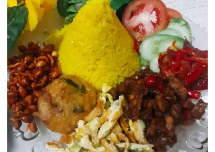 Nasi kuning gurih magic com - cookandrecipe.com