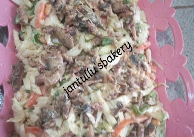 Chinese cabbage tuna salad