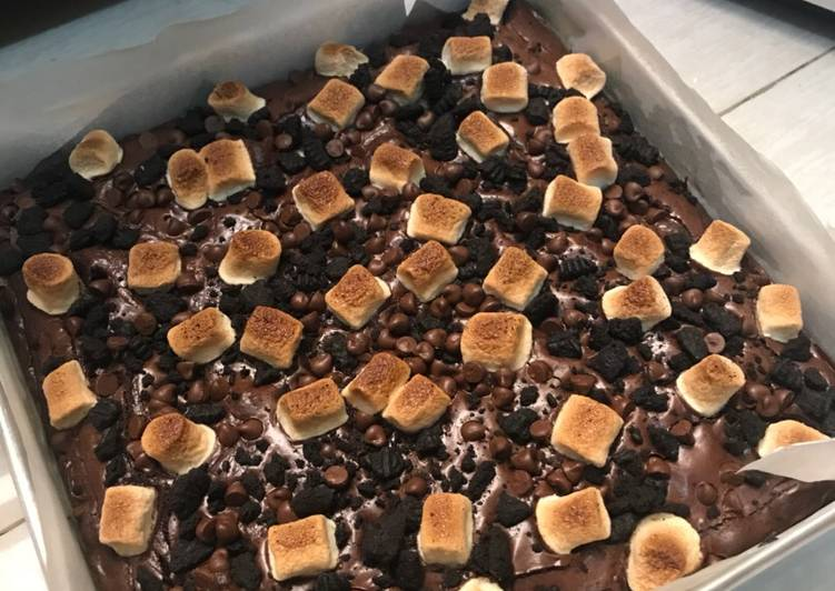 Fudgy & Chewy Brownies
