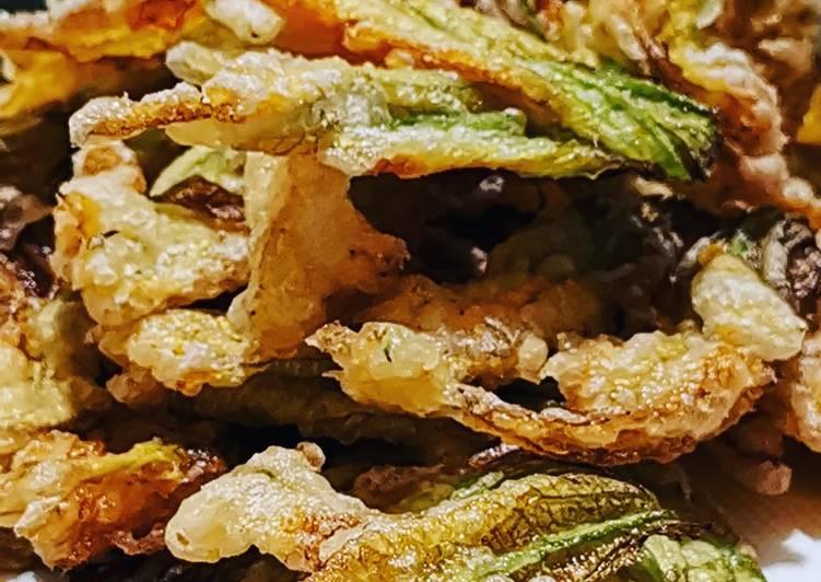 Fiori Fritti.Ricetta Fiori Di Zucca Fritti In Pastella Di Farina 00 E Acqua