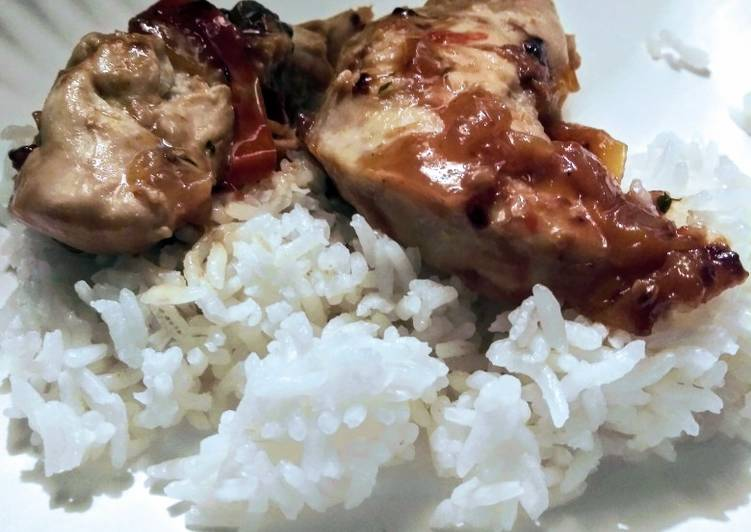 Tangy smothered chicken tenderloins