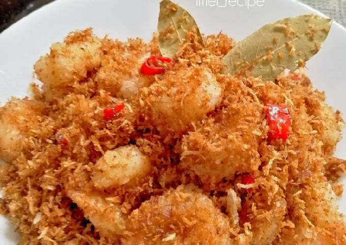 Butter prawn with grated coconut