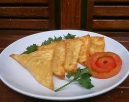 Samosa Tahu (Masakan India)