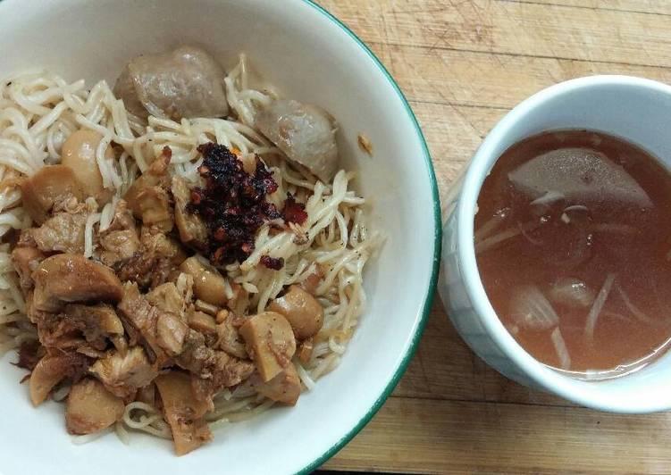 Resep Mie Ayam Bangka Sederhana Yang Simple Sedap