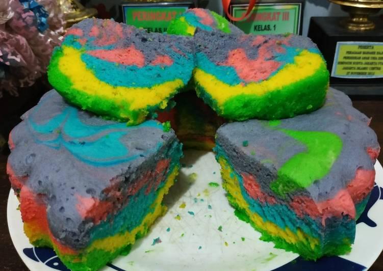 Resep Bolu rainbow kukus yang Enak Banget