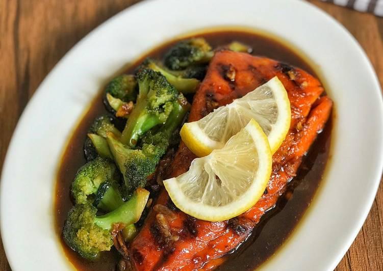 Salmon Brokoli Saus Madu Lemon