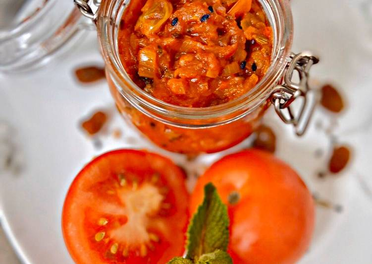 Step-by-Step Guide to Prepare Award-winning Tomato and Raisin Chutney