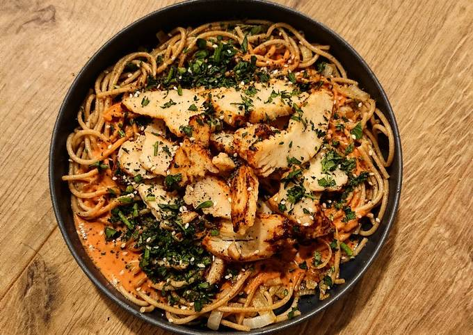 Poulet grillé et spaghetti à la crème de coco