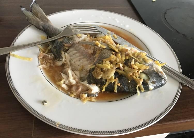 Steam sea-bass (steam 20min, cook 1 min)