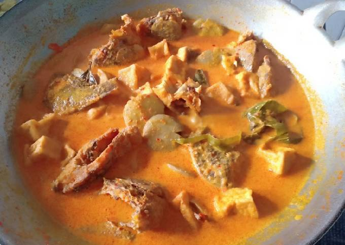 Gulai ikan nila,tahu dan jengkol
