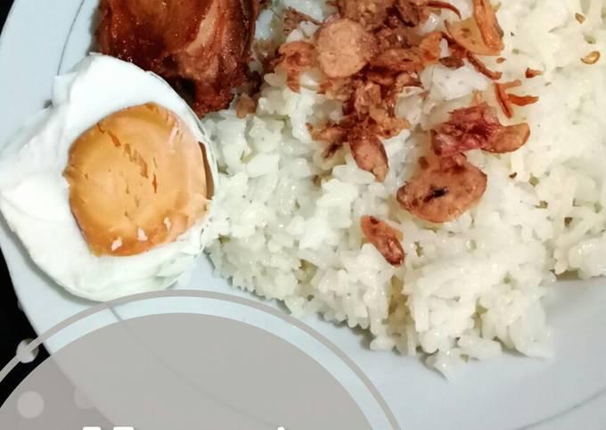 Nasi hainan & ayam goreng jahe