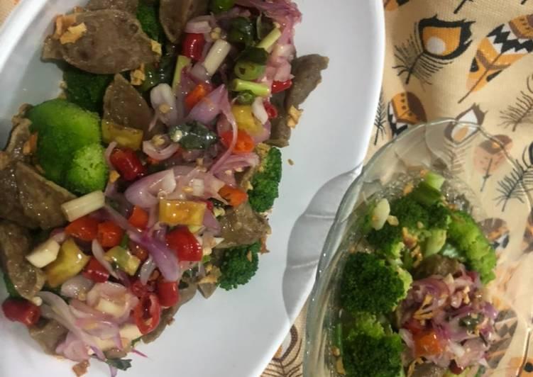 Brokoli Bakso Sambel Matah