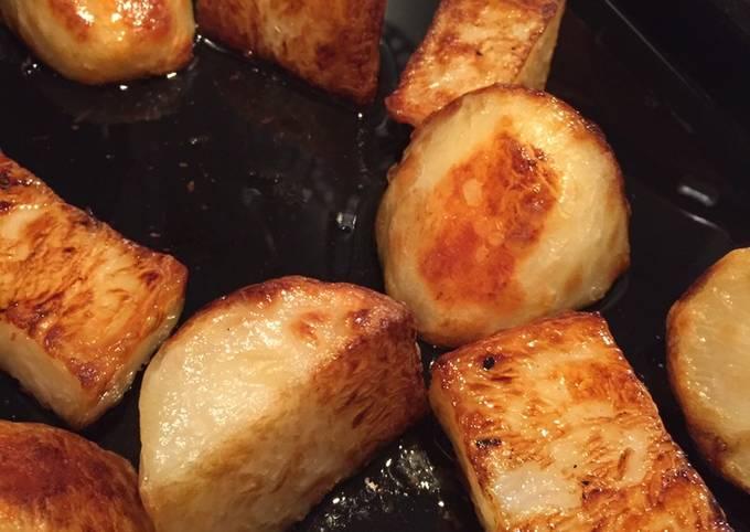 Simple Crispy Roasties 🥔