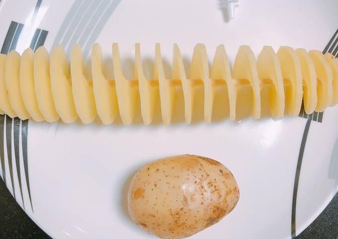Fried Spiral Potatoes