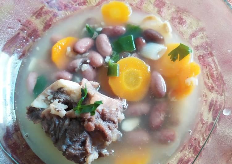 Sop kacang merah (senerek) sederhana