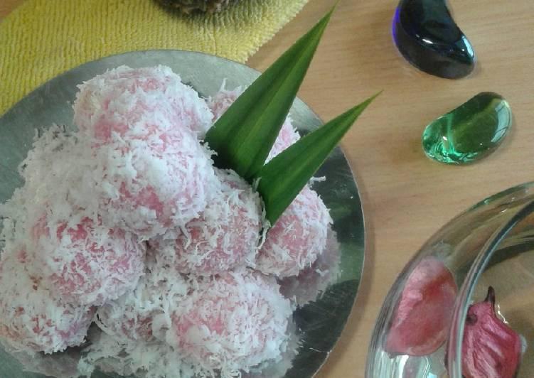 Kue Klepon(tepung tapioka) - cookandrecipe.com