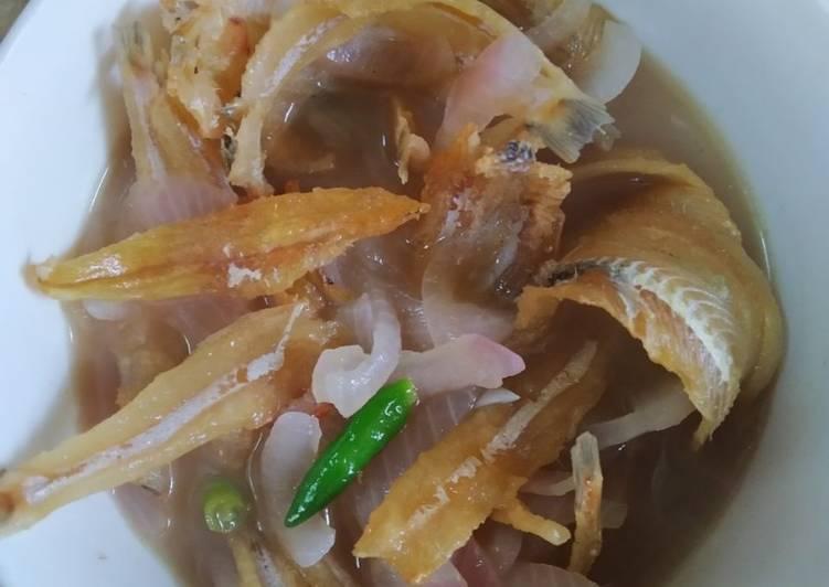 Ikan Bilis Besar Goreng Masak Air Asam - resepipouler.com