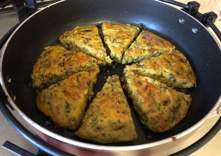 Fenugreek and potato dhokla