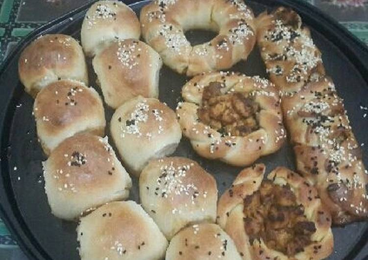 Assorted Pizza Buns