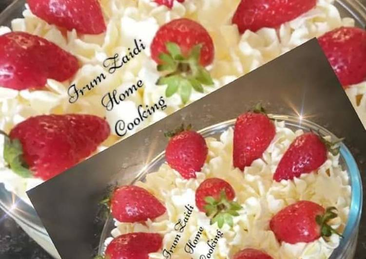 Foods That Can Make You Happy 🍓🍰🍓Strawberry Trifle🍓🍰🍓