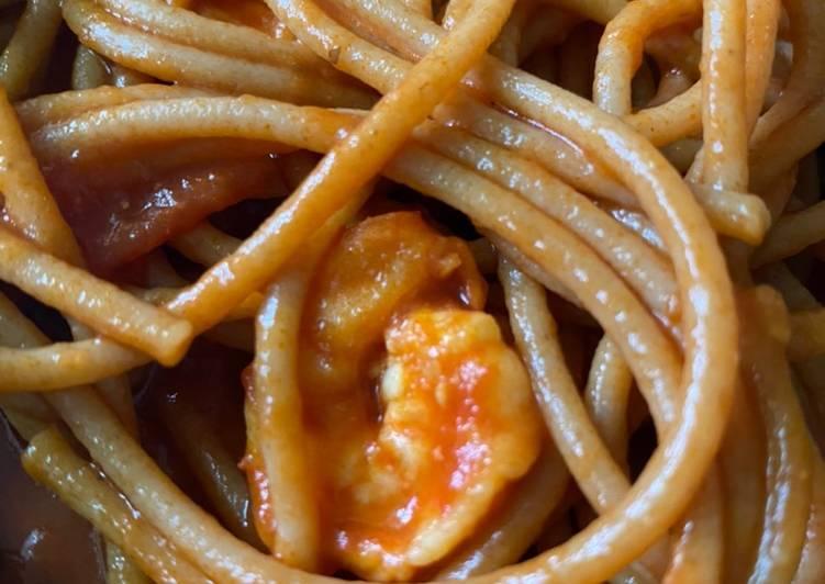 Spaghetti gandum marinara seafood