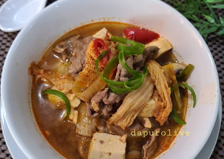 Kimchi Jjigae Halal