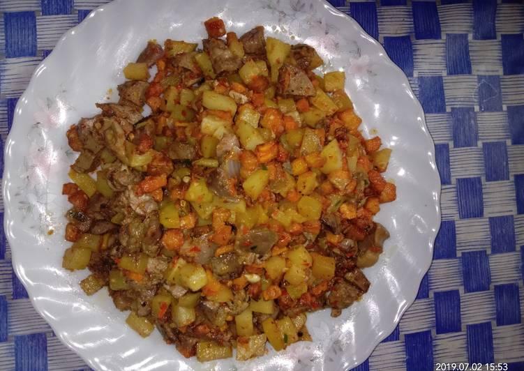 Sambal goreng ati ampla dan kentang wortel