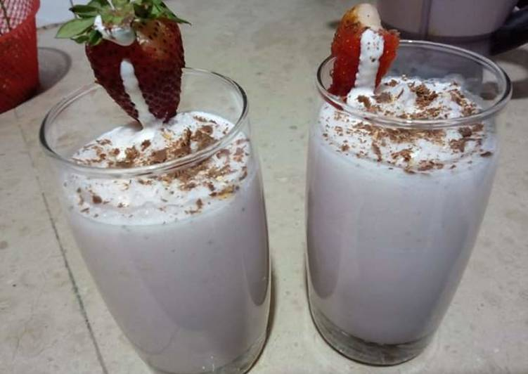 Recipe of Favorite Strawberry shake