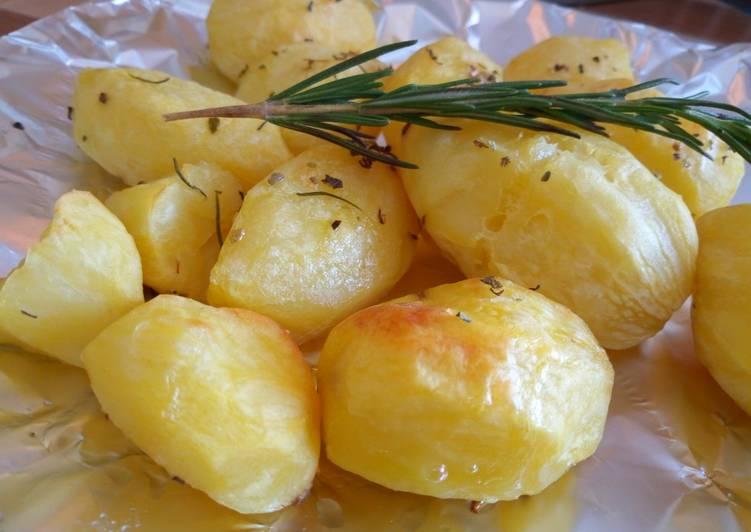 Rosemary Oven Roast Potatoes