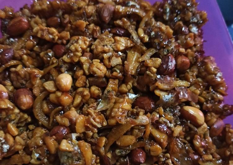Kering Tempe Kacang dan Teri