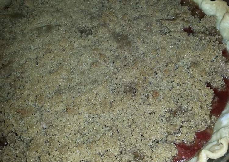 Simple Way to Make Quick Apple Cranberry Pie