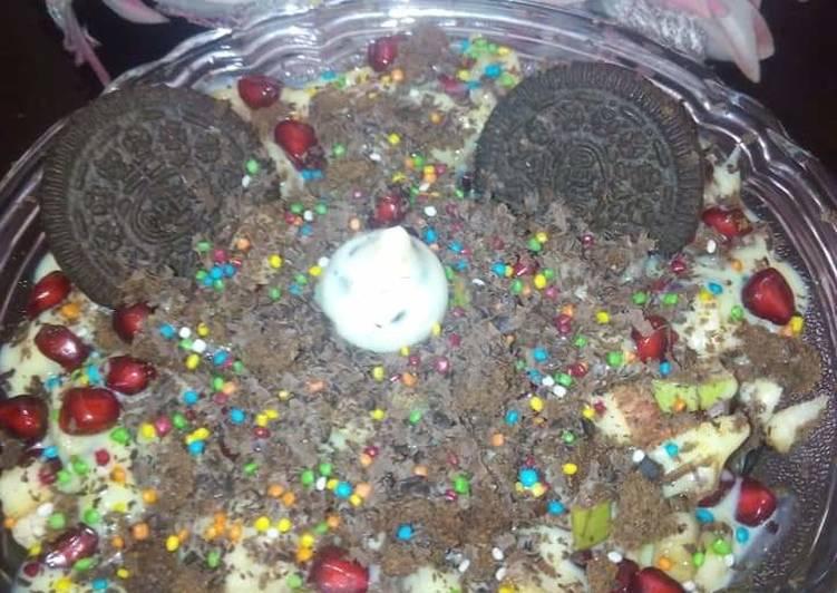 Chocolately fruit pudding