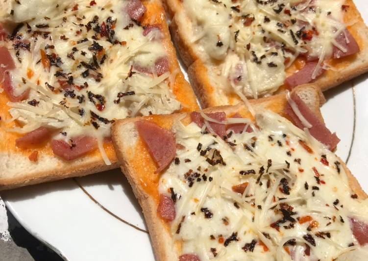 Cara Membuat Lezat Pizza Roti Tawar Tanpa Oven Tanpa Mozarella