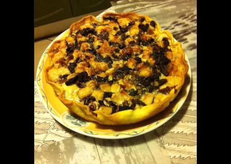 Recipe of Award-winning Tarte au poulet fenouil champignons noirs et parmesan