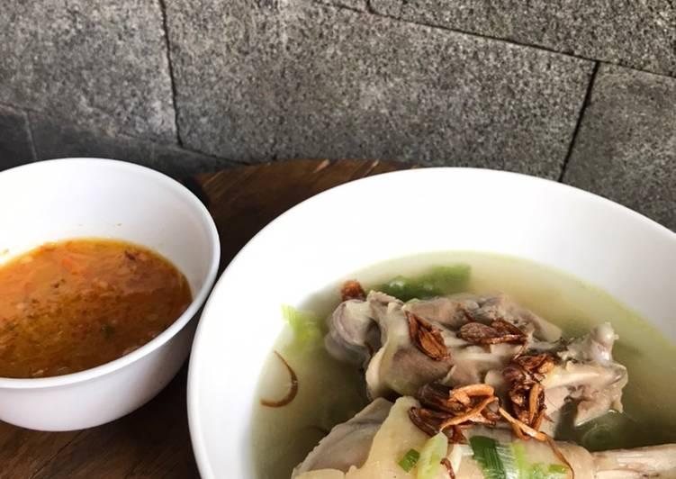 Sop Ayam Kampung Pak Min