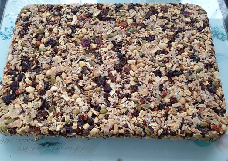 Recipe of Favorite Vegan Breakfast Nut Bars