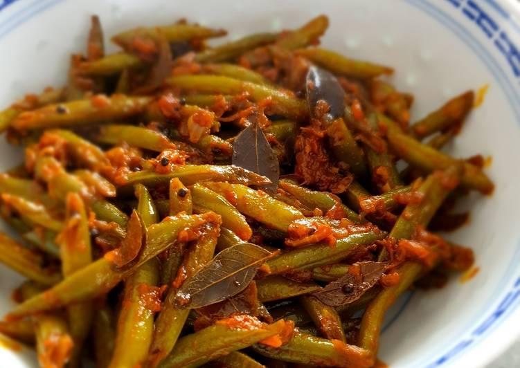 Bohnen-Curry Kerala Style