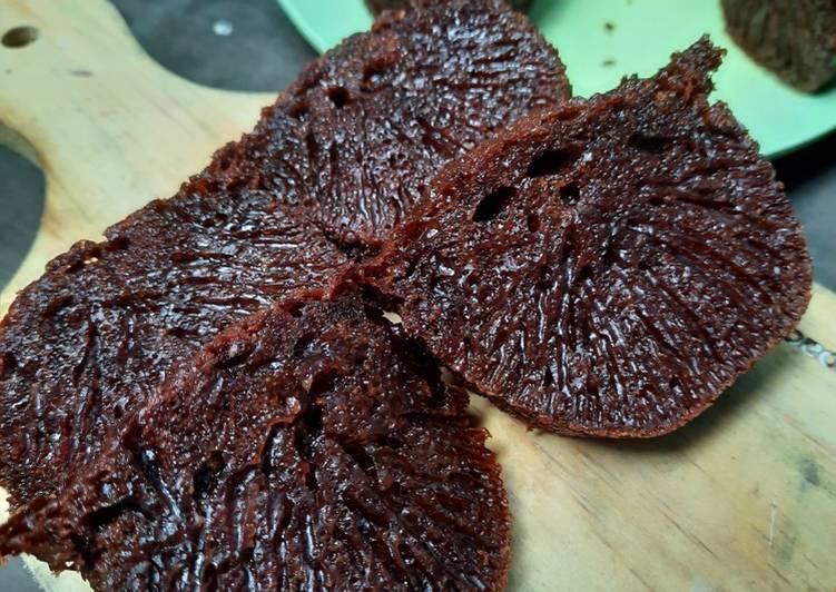 Caramel cake aka bolu sarang semut - cookandrecipe.com