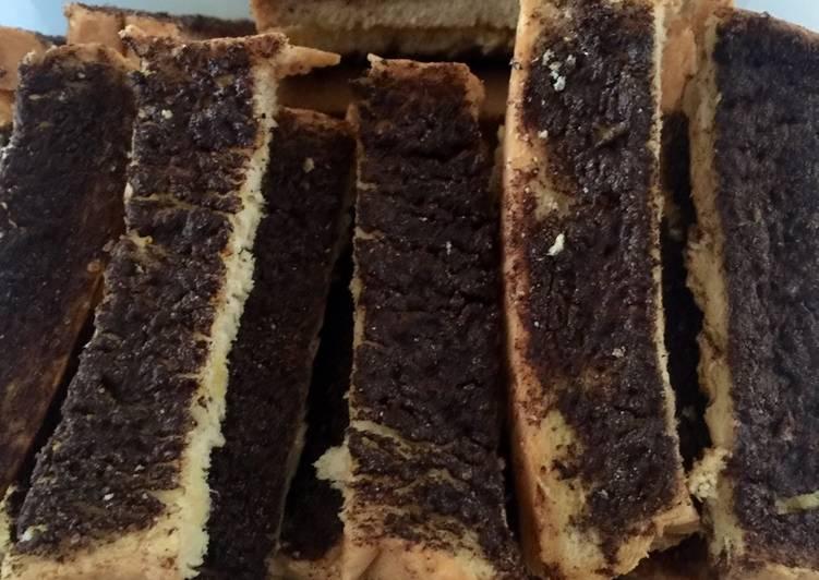 Roti tawar kering coklat
