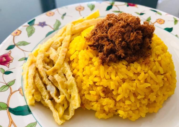 27🍒 Nasi kuning 🌼 fibercreme ricecooker