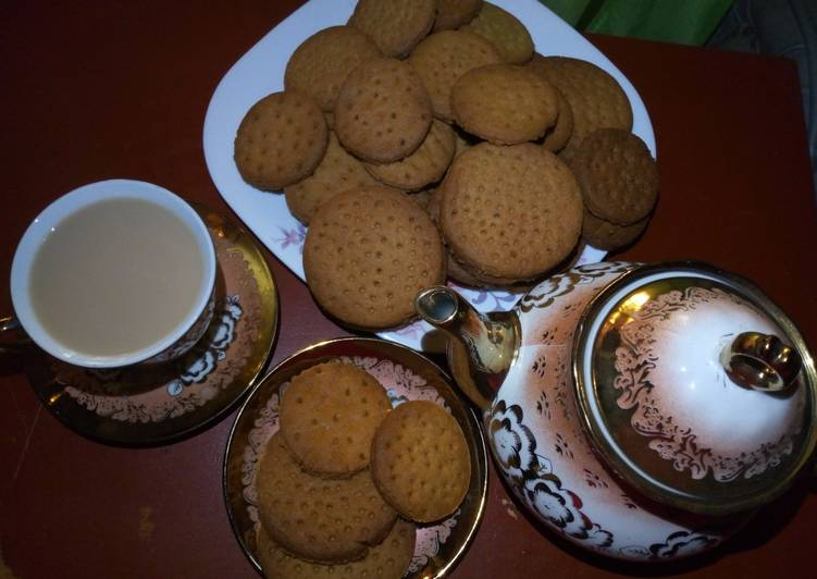 Steps to Prepare Ultimate Homemade Ginger Digestive biscuits with tea masala