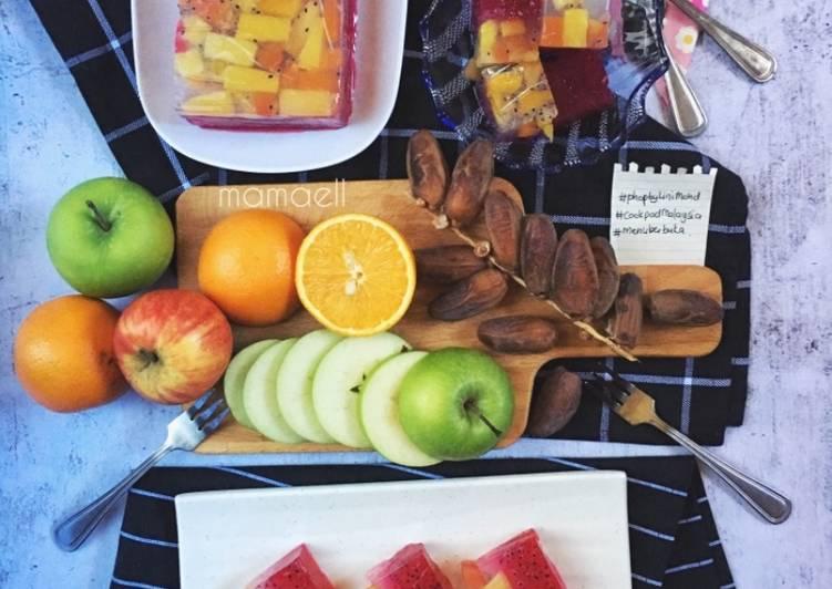 Agar-agar Sirap Selasih dengan koktail buah #phoPbyLiniMohd #menuberbuka - resepipouler.com