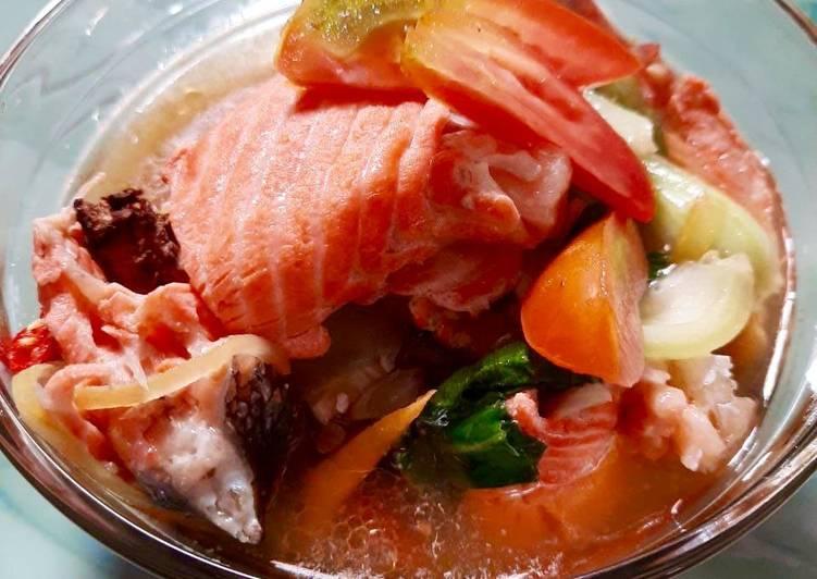 Sup Tulang Salmon