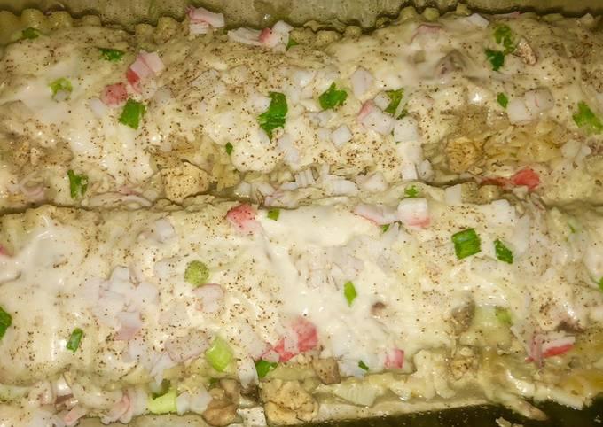 Chicken & crab Alfredo lasagna roll ups