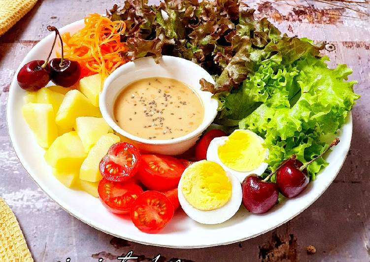 Salad Sayur Saus kacang