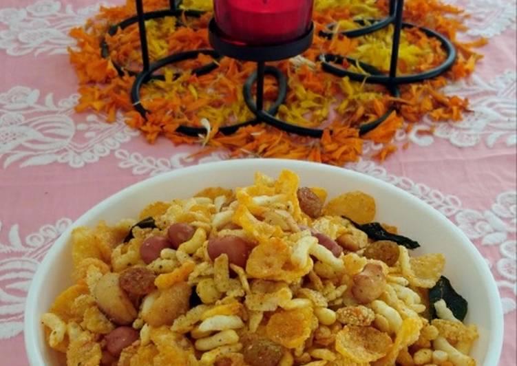 Fried Poha Namkeen Poha Chivda - Laurie G Edwards