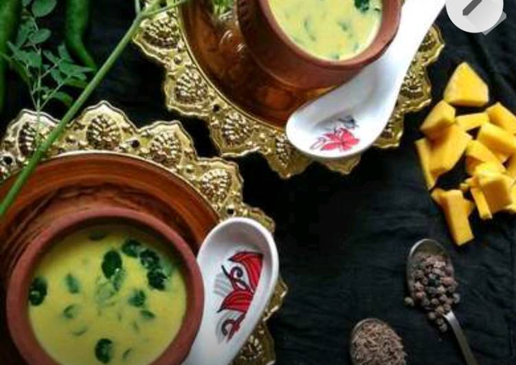 Step-by-Step Guide to Prepare Quick Pumpkin Moringa leaves soup