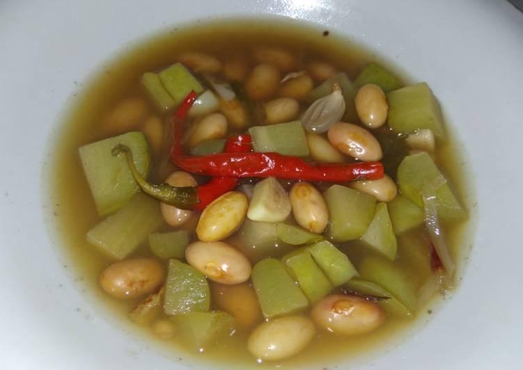Sayur kacang merah 'angeun kacang'